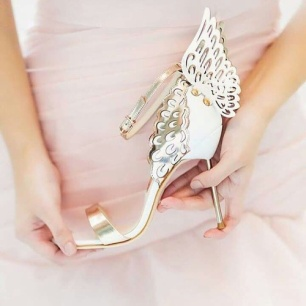How to make wedding shoes more comfortable5
