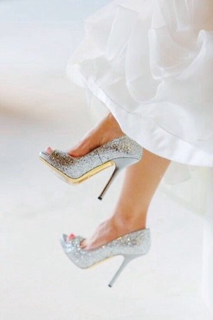 How to make wedding shoes more comfortable6