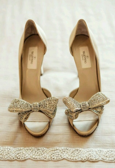 How to make wedding shoes more comfortable8