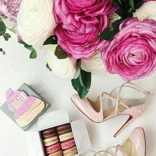 Peonies pink cream