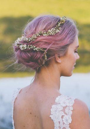 Short hair bride pink wedding