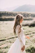 longsleeveweddingdress_flowers2