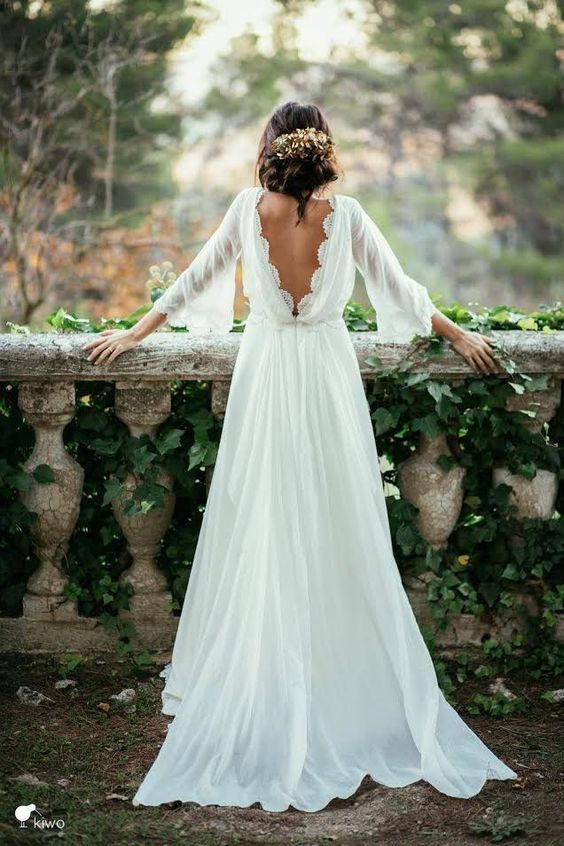 longsleeveweddingdress_transparent