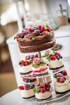 Healthy Wedding Cake_fruit03